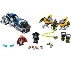 LEGO Avengers Speeder Bike Attack Set 76142
