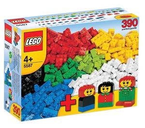 LEGO Basic Bricks with Fun Figures Set 5587 Packaging
