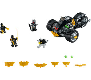 LEGO Batman: The Attack of the Talons Set 76110