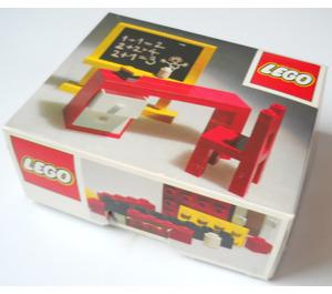 LEGO Blackboard and School Desk Set 291 Packaging