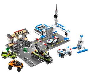 LEGO Brick Street Getaway Set 8211