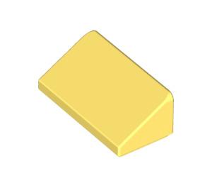 LEGO Bright Light Yellow Slope 1 x 2 (31°) (85984)