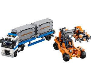 LEGO Container Yard Set 42062