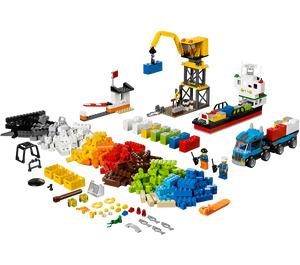LEGO Creative Chest Set 10663