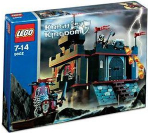 LEGO Dark Fortress Landing Set 8802 Packaging