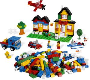 LEGO Deluxe Brick Box Set 5508