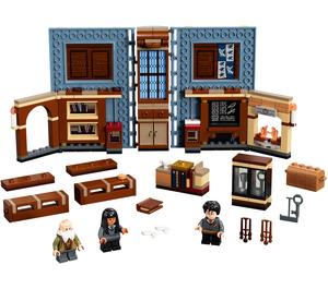LEGO Hogwarts Moment: Charms Class Set 76385