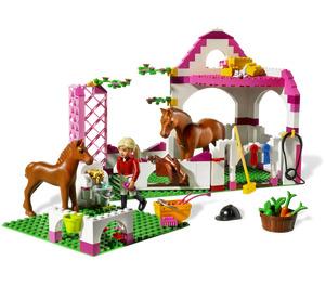 LEGO Horse Stable Set 7585