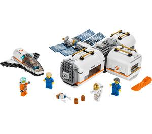 LEGO Lunar Space Station Set 60227