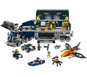 LEGO Mobile Command Center Set 8635