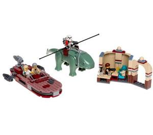 LEGO Mos Eisley Cantina (Blue Box Version) Set 4501