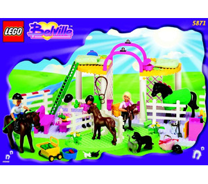 LEGO Riding Stables Set 5871