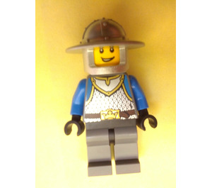 LEGO Scale Mail, Crown Belt, Helmet with Broad Brim Chess Knight Minifigure