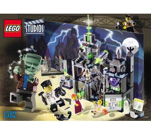 LEGO Scary Laboratory Set 1382 Instructions
