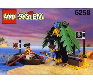 LEGO Smuggler's Shanty Set 6258