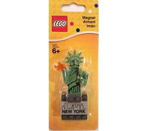 LEGO Statue of Liberty Magnet (853600)