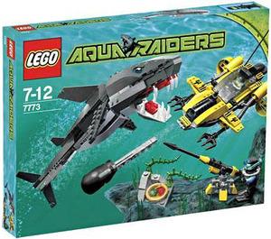 LEGO Tiger Shark Attack Set 7773 Packaging