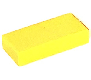 LEGO Yellow Tile 1 x 2 without Groove (3069)