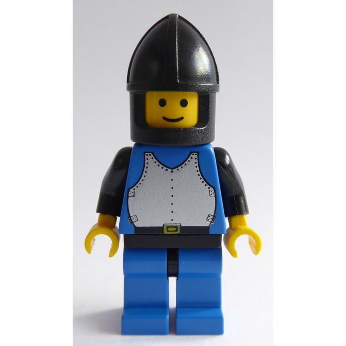 Castle Soldiers 6097 LEGO Minifig FRIGHT KNIGHTS 2 w// Black Chin Guard Helmet