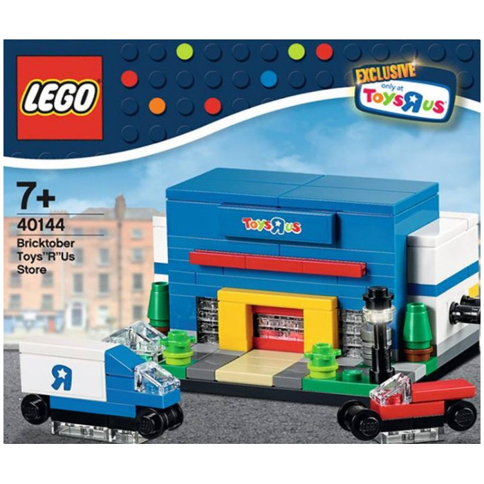 Toy R Us Store Catalog : Lego bricktober toys r us store set brick owl