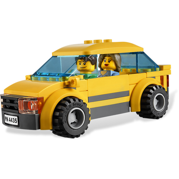 Lego car and caravan set 4435 brick owl lego marketplace - Lego brick caravan a record built piece by piece ...
