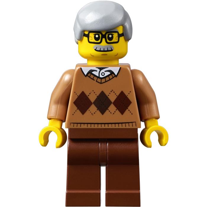LEGO 2 NEW GRANDMOTHER AND GRANDFATHER MINIFIGURES NEWSPAPER GRANDPA FIGURE