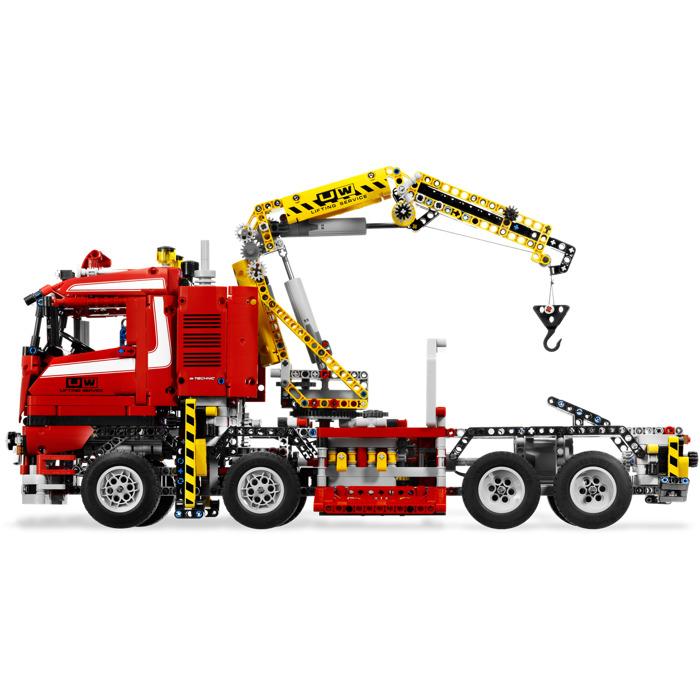 lego crane truck 8258 brick owl lego march. Black Bedroom Furniture Sets. Home Design Ideas