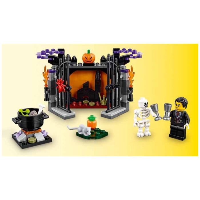 LEGO Halloween Haunt Set 40260 | Brick Owl - LEGO Marketplace