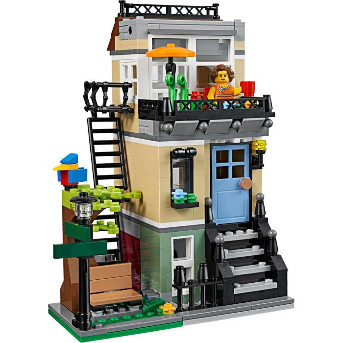 Lego park street townhouse set 31065 brick owl lego - Modele construction maison lego ...