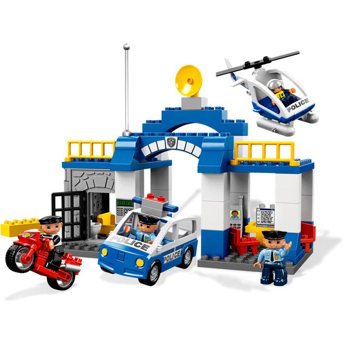 Lego Police Station Set Police Station Lego Set 7498 1 Building