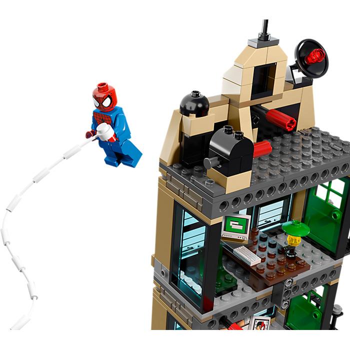 ... LEGO Spider Man: Daily Bugle Showdown Set 76005