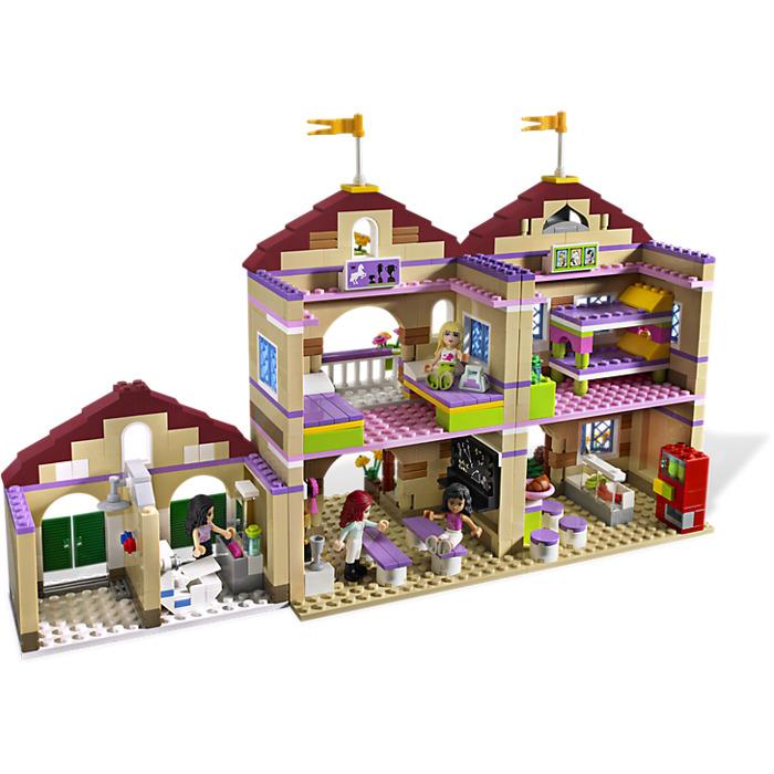 lego summer riding camp set 3185 brick owl lego marketplace. Black Bedroom Furniture Sets. Home Design Ideas