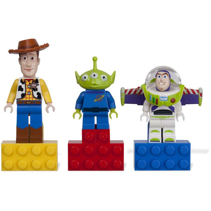 Lego Toy Story : Lego toy story magnet set brick owl