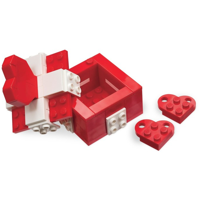 [Image: lego-valentine-s-day-box-set-40029-4.jpg]