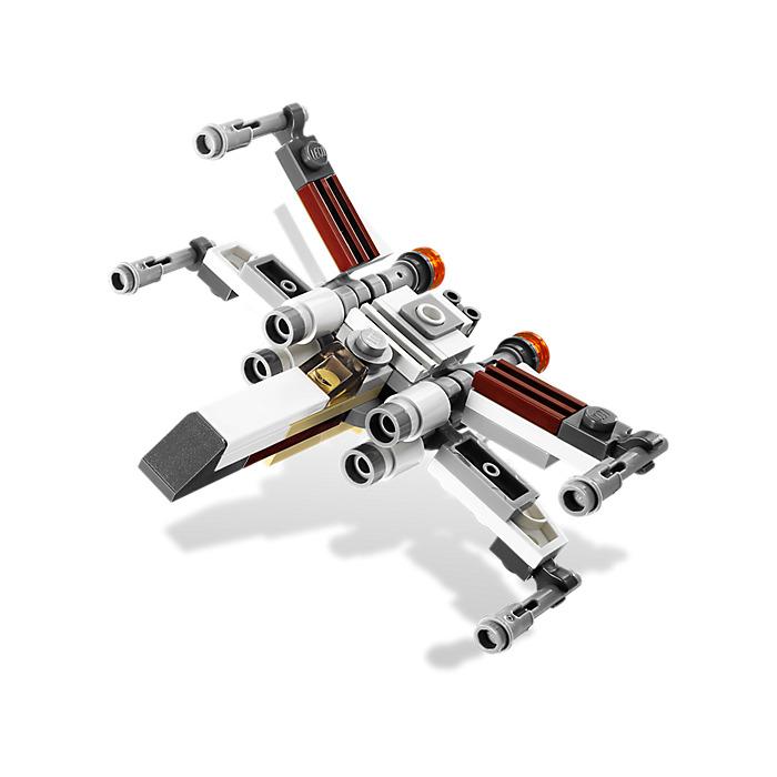 LEGO X-wing Starfighter & Yavin 4 Set 9677