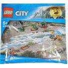 LEGO Become my City Hero Set 40302