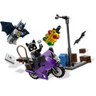 LEGO Catwoman Catcycle City Chase Set 6858