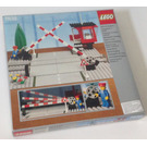 LEGO Road Crossing Set 7835 Packaging