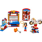 LEGO Wonder Woman Dorm Room Set 41235